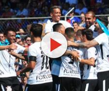 Corinthians vence o Paraná por 4 a 0 e ganha elogios dos rivais