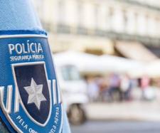 Patrulheiros da PSP são agentes que realizam patrulhas apeados ou de carro patrulha