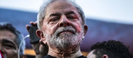 Ex-presidente Lula teria se alterado ao saber de prisão e detonou Sérgio Moro e Deltan Dellagnol.