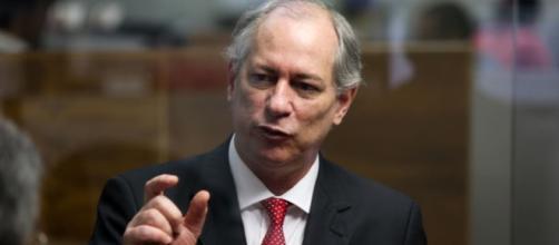 Ciro Gomes quer se mostrar opção sem Lula na disputa