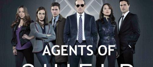 En Agentes de SHIELD hay mucho romance