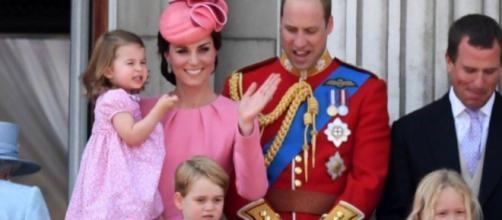 Filho de Kate Middleton e William nasceu na manhã desta segunda-feira