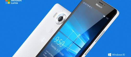Offerte: Microsoft Lumia 950XL a 389€ e Lumia 950 a 369€