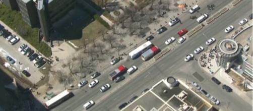 Toronto, furgone si scaglia contro pedoni