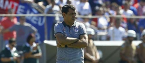 Treinador do Corinthians terá duas baixas importantes. (foto reprodução).