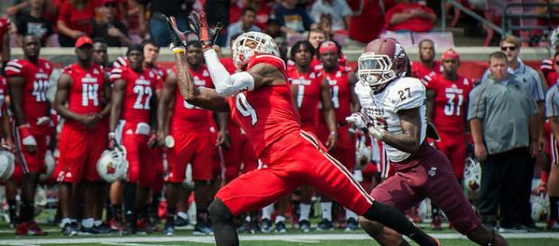 DeVante Parker in his college days at Louisville. Photo by: Kentucky National Guard/Flickr