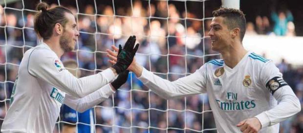 Gareth Bale com Cristiano Ronaldo