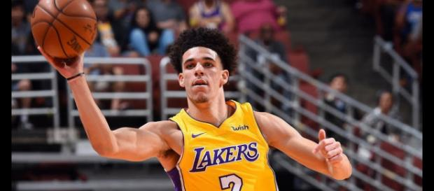 Lonzo Ball has received high praise from a former Cavs GM and comments from Kyle Kuzma. [Image source: NBA - YouTube]