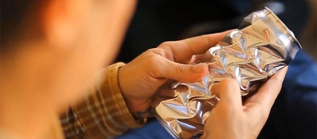 Noah Deledda creates magnificent patterns on discarded aluminum cans. [Image credit: Noah Deledda/YouTube]