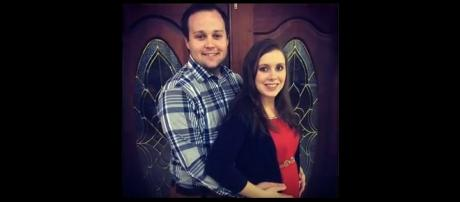 Josh Duggar and Anna Duggar. (Image from USA Express / YouTube.)