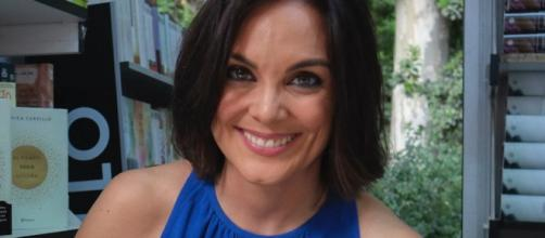 El hilarante tuit de Mónica Carrillo sobre los veganos que arrasa ... - huffingtonpost.es