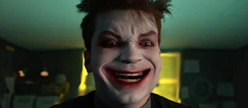 La locura de Gotham actualmente no tiene parangón en la televisión.