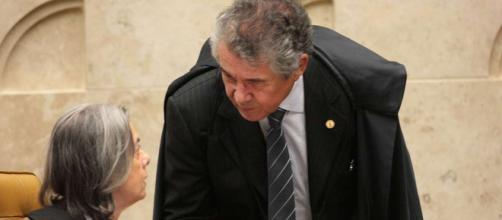 Ministro Marco Aurélio tenta medida que pode beneficiar lula, mas leva resposta de Cármen Lúcia