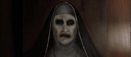 The Conjuring: Nun' spinoff unleashes terror at 2017 San Diego ... - blastingnews.com