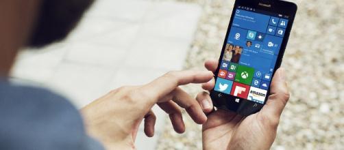 Windows Phone desaparece sin que Microsoft haga nada