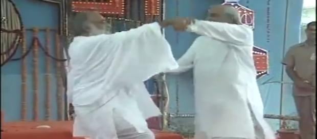 Ex-BJP PM dancing with Baba Asaram. (image Credit: Vipulgarg/ youtube.com)
