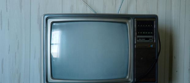 Old television set -- dailyinvention/Flickr
