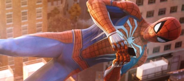 Spider-Man PS4 Suit Design Video (Game Informer) [Image Credit: Waruboi/YouTube screencap]