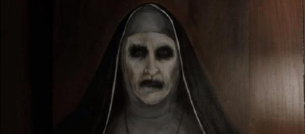 The Conjuring: Nun' spinoff unleashes terror at 2017 San Diego ... - blastingnews.com