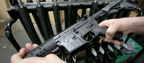 An AR-15 found at the shooting site of Waffle House supposed to be used by accused (Image via Flickr - Michael Thielen)