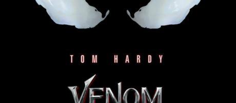 Póster de Venom, protagonizada por Tom Hardy