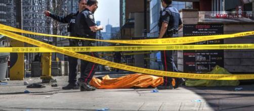 Al menos 10 muertos y 15 heridos en un atropello múltiple en ... - elpais.com