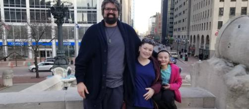 Andrew Glennon and Amber Portwood enjoy the sights of Indianapolis. - [Photo via Twitter]