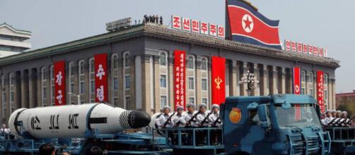 """Estados Unidos califica de """"provocación"""" el fallido misil de Corea ... - elpais.com"""