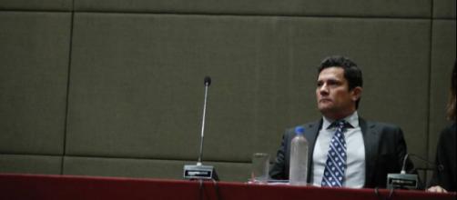 Lava Jato de Curitiba, conduzida pelo juiz Sérgio Moro, se manifesta após tentativa do STF em livrar Lula das mãos de Sérgio Moro