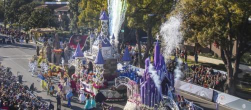 Un blindado Desfile de las Rosas rendirá homenaje a víctimas de la ... - univision.com
