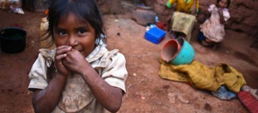 Uno de cuatro niños mexicanos vive en la pobreza, OCDE -- El Niño - sott.net