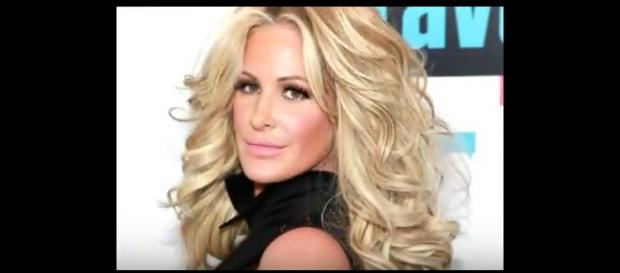 Kim Zolciak Biermann. - [Image from Real Conspiracy / YouTube screencap]