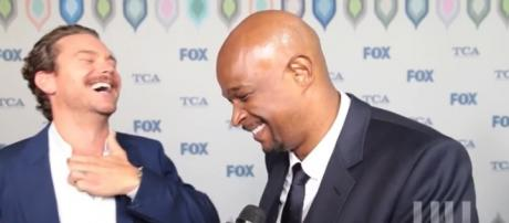 Crawford and Wayans of 'Lethal Weapon' laughing during interview. - [Image source: HipHollywood -- YouTube Screenshot]