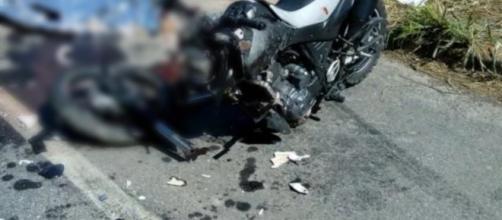 Acidente mata cantor em Cachoeiro de Itapemirim. (foto reprodução).