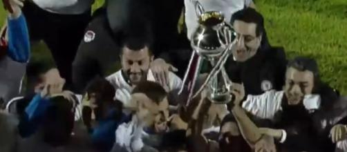 I calciatori del Foggia esultano dopo la vittoria della Coppa Italia di Lega Pro
