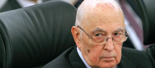 Napolitano insultato sui social