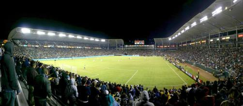 The L.A. Galaxy in action. - [Photo provided by Roman Fuchs / Wikimedia Commons]