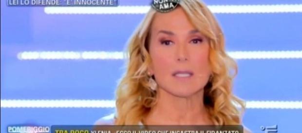 Barbara D'urso offende Baye Dame