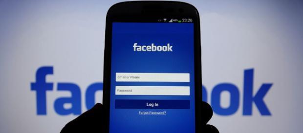 El jefe de tecnología Mike Schroepfer fue preguntado por qué Facebook había amenazado con demandar al periódico