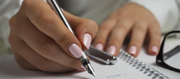 How to write like a pro with five simple techniques. Image credit   Public Domain  Pexels.