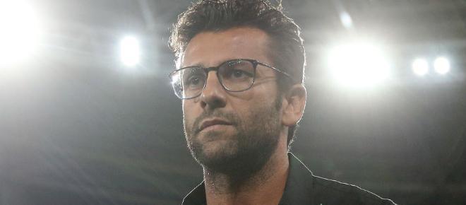 Valentim pede e Botafogo busca reforço no Paraná