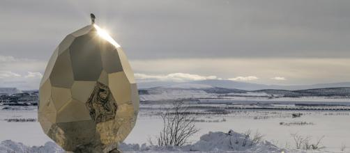 Al norte del norte de Suecia se ha erigido una sauna de inusual silueta para conmemorar el renacimiento de toda una ciudad.