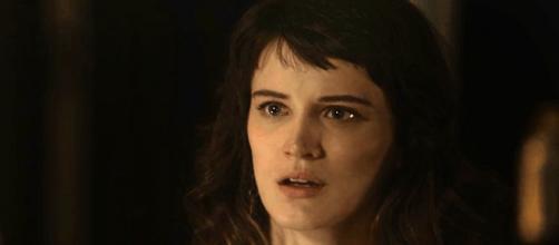 Clara ganha a guarda de Tomaz, mas é desprezada pelo filho em O Outro Lado do Paraíso (Foto: TV Globo_