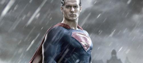 El hombre Acero de Zack Snyder no fue diseñado para reactivar un universo compartido.