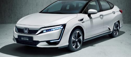 El último híbrido de Honda utiliza dos motores,Motorbit - rssing.com