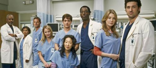 Grey's Anatomy' Cast and Producers Pick Their Favorite Episodes ... - tvinsider.com