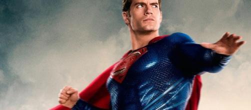 Henry Cavill - BdS - Blog de Superhéroes - blogdesuperheroes.es