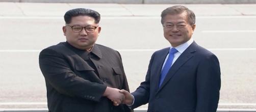 Líderes das Coreias do Norte e do Sul realizaram encontro histórico nesta sexta-feira, dia 27.