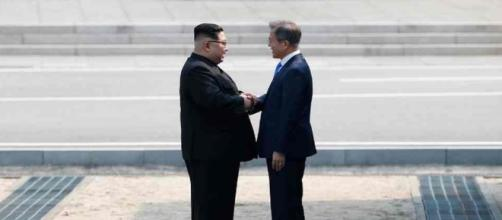 Pour la première fois depuis 1953, un leader nord-coréen traverse la frontière entre les deux Corées