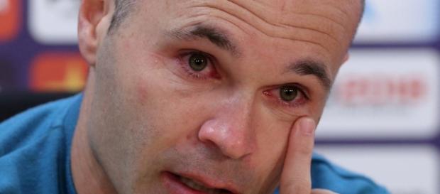 Entre lágrimas, Andrés Iniesta anunció que se va de Barcelona - 27 ... - clarin.com